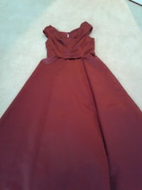 Gown/Dress -
