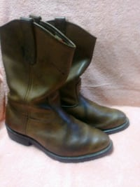 pair of brown leather boots Bartow, 33830