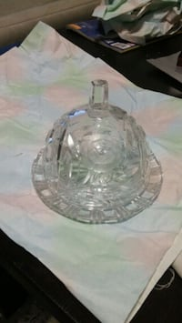 clear glass bowl with lid Toronto, M9V 4M2