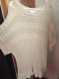 beige scoop-neck t-shirt