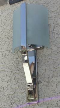 NEW IN BOX Wall Sconce (Polished Nickel) Ret 220