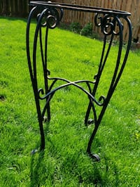 Wrought iron table base. Mississauga, L5L 5G1