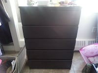 IKEA 5 DRAWER TALL DRESSER WITH MATCHING 2 DRAWER SIDE TABLE