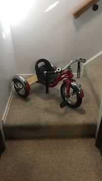 toddler's red trike Poolesville, 20837