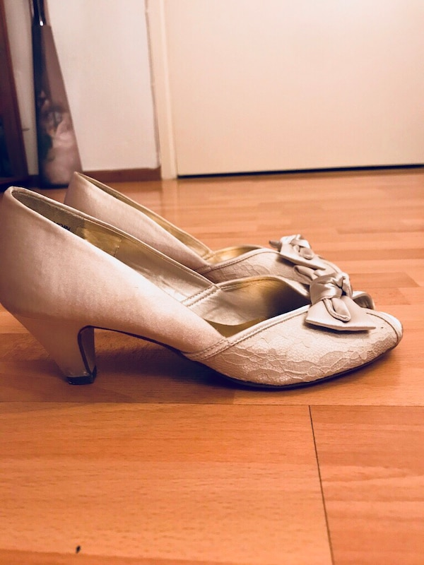 Low heels shoes Size 38