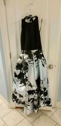 black and white floral sleeveless dress Smiths Station, 36877