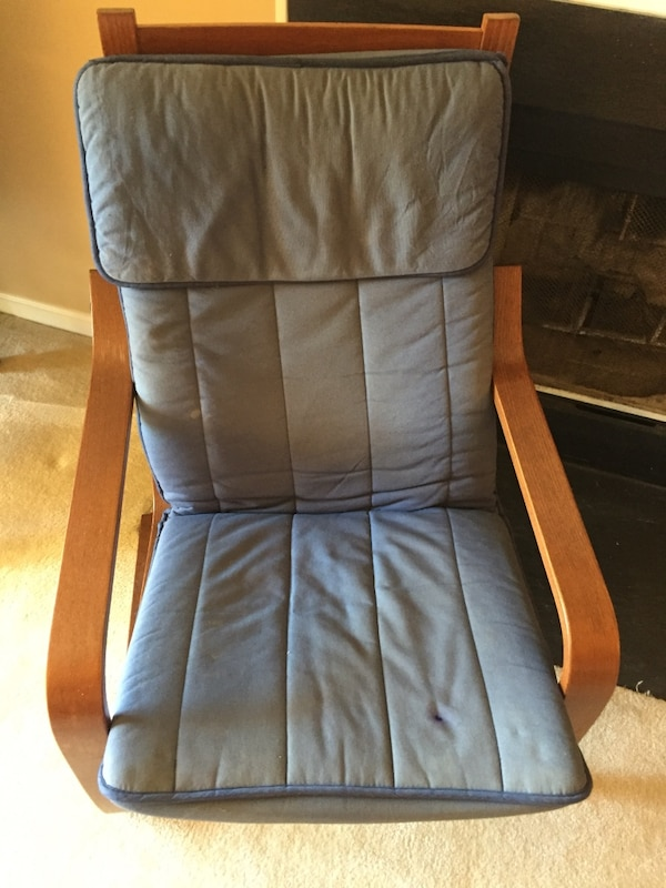 gray and black leather padded rolling armchair
