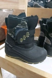 Gray Wolf Toddler Boots size 6 Toronto, M6P