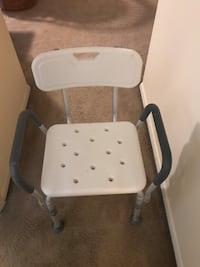 white and gray folding chair Gaithersburg, 20877