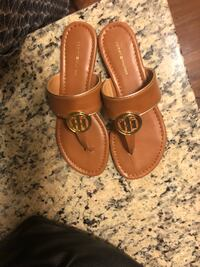 Tommy Hilfiger Savanna Sandals - Size 9 Washington, 20012