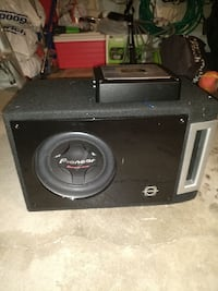 Pioneer Subwoofer and Amplifier Mississauga, L4Z