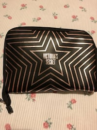 Victoria secret makeup Travel bag  Brampton, L6Z 1X2