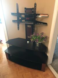 SELLING TV STAND! Toronto, M6E 1T1