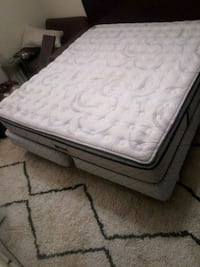 Serta King mattress and box springs