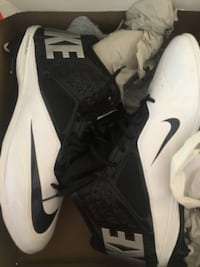 Nike Cleats size 13.5 - brand NEW Manchester, 03103