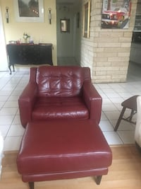 Red leather Chair w/ottoman and Chaise Lounge  San Antonio, 78230