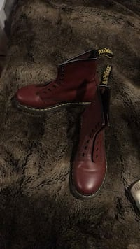 pair of brown leather boots New York, 11221