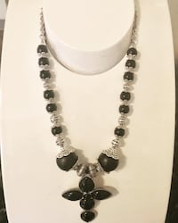 New with tag necklace  Lititz, 17543