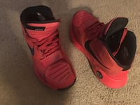 Red KD's great condition men's 8 Duluth, 30096