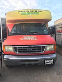 GREAT DEAL! 2006 Ford E-350 Food Truck