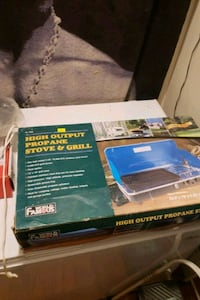 Propane stove and grill brand new  Vancouver, V5L 1K9