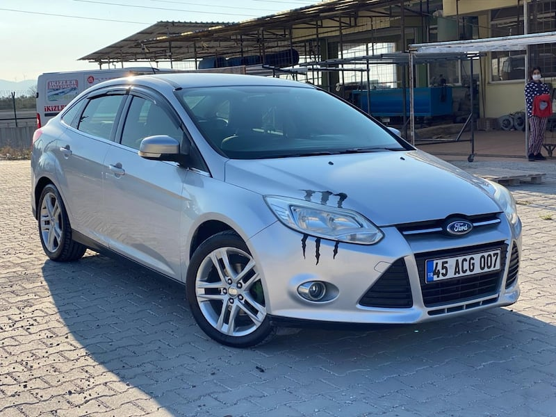 2012 Ford Focus 1.6 TDCI 95PS TREND 0809981c-ffbb-475d-8803-ee2358c18db6