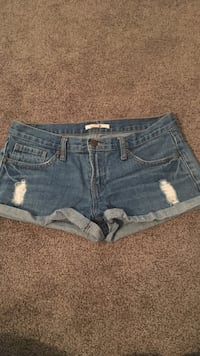 Denim shorts  Brantford, N3R 2T4