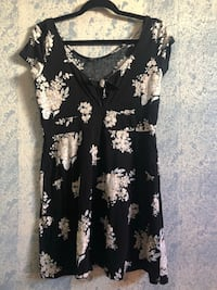 black and white floral scoop-neck dress Long Beach, 90805