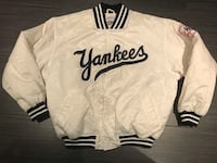white and black New York Yankees jersey shirt Toronto, M6A 1C8