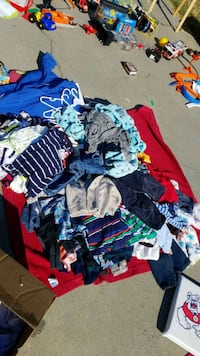 toddler's assorted clothes Fresno, 93727
