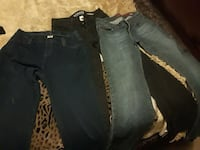 Ladies jeans sz 2 and 4 name brand