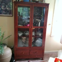 Raymour and flannigan china cabinet Syracuse, 13224