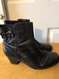 Clark's Artisan Women's Sz 9XW, Black Leather Ankle Boots Baltimore, 21236