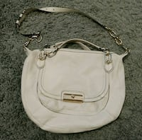 Coach Leather purse Calgary, T2E 6Y9