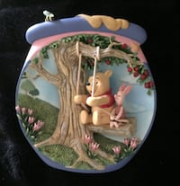 Winnie the Pooh Limited Edition 3D Plates Chandler, 85224