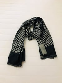 Wool Louis Vuitton scarf in grey check   Edmonton