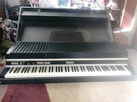 black and white electronic keyboard Troy, 12182