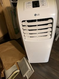 LG portable air conditioner works well no issues with attachments Mississauga, L5C 1A7