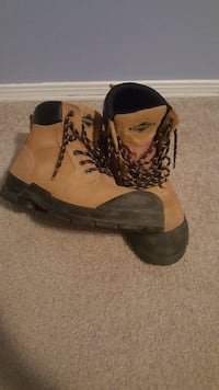 Mens Size 10 CSA Steel Toes