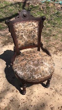 Antique Carved Needlepoint Chair Coloma, 49038