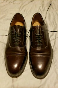 Johnston & Murphy leather shoes size 8 1/2 Centreville, 20120