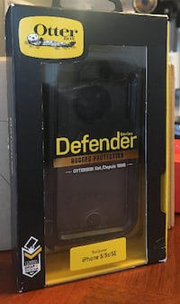 OtterBox DEFENDER SERIES Case for iPhone 5/5s/SE - Retail Packaging Markham