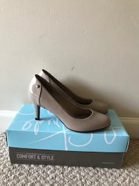 Womens Size 6 Brand new High Heels Vancouver, V6G