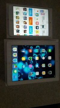 Two 4th gen 16g, silver iPad with box . Vaughan, L4H 2S6