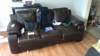 Sofa for sale(leaving in 1h) College Park, 20740