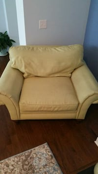 Couch, Chair & ottoman Wilmington, 28411