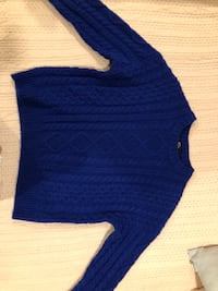 royal blue sweater Mississauga, L5N 1J1