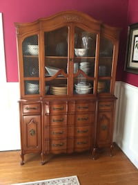 Gorgeous French Cabinet  Newmarket, L3Y 1H3