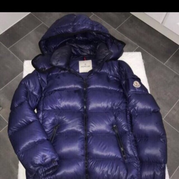 959aa42e4324 Used MONCLER BLUE PUFFER COAT for sale in London - letgo