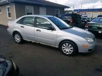 2005 ford focus 4CYL AUTOMATIC 200k MILES.  RUNS G Akron, 44319